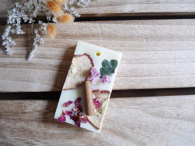 アロマワックスバーは柔らかく香るインテリアアイテム。作り方と参考にしたいお洒落なレシピ